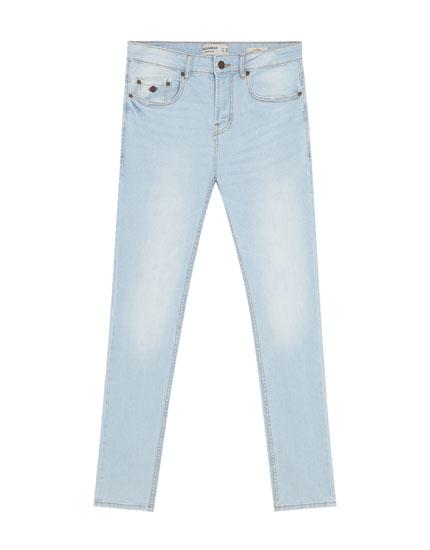 Slim-Fit Jeans im Bleach-Look