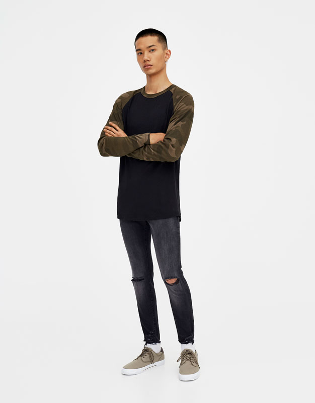 Jeans Skinny Fit Grigi Con Strappi by Pull & Bear
