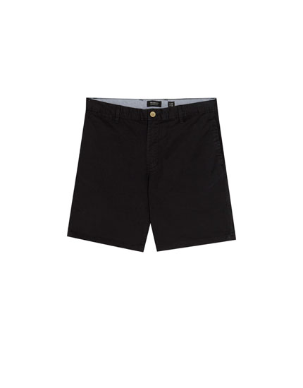 Basic Bermuda shorts with belt