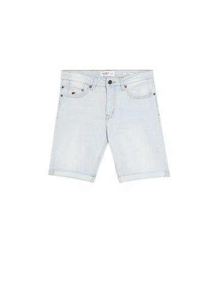 Slim-Comfort Bermudashorts im Bleach-Look