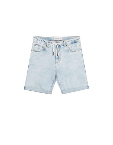 Bermuda jean skinny délavé clair