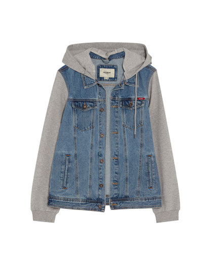 Kombinierte Jeansjacke mit Kapuze