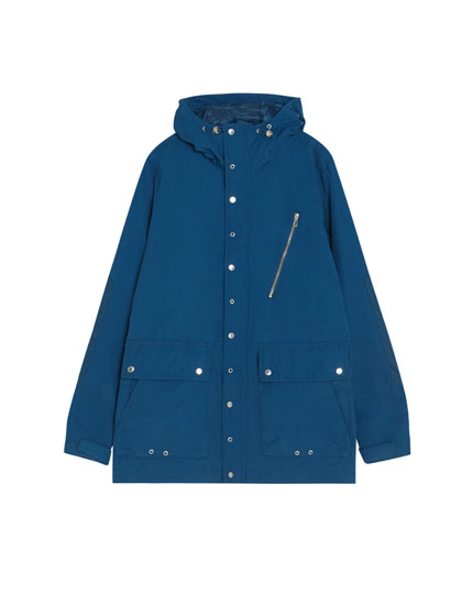 Parka with buttons