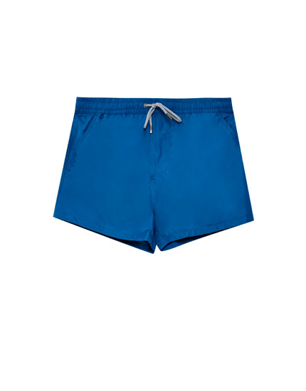 Swimming trunks with elastic waistband