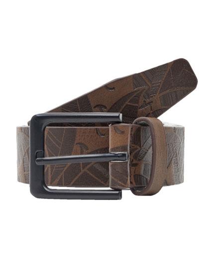 Raised print belt