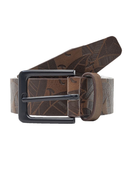 Raised print belt