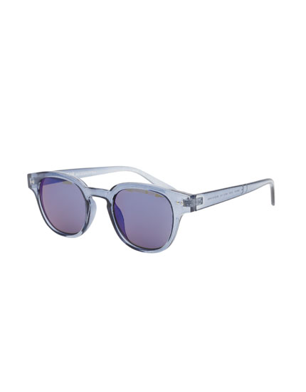 Round metallic blue sunglasses
