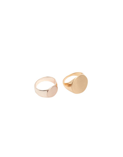 Anéis dourados