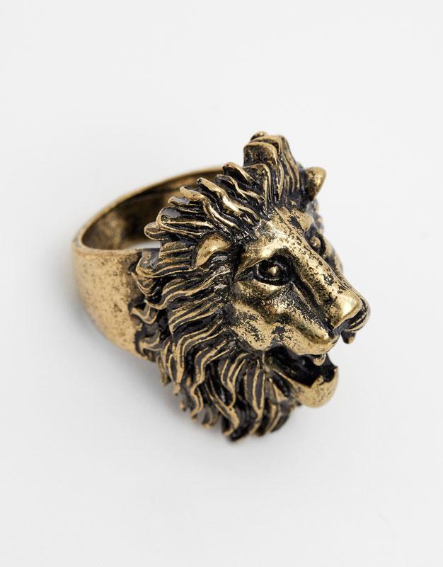 Lion signet rings