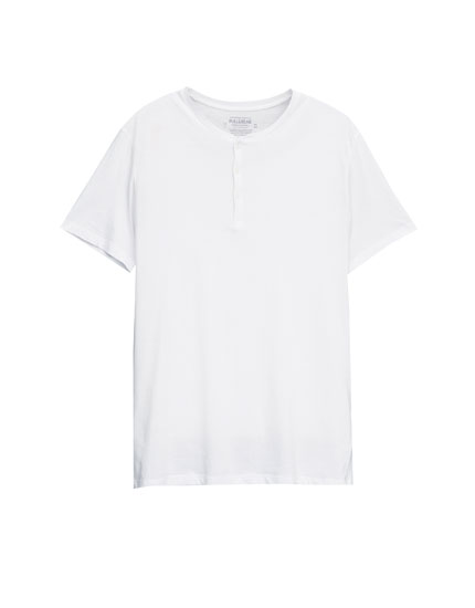 Basic t-shirt med knapper