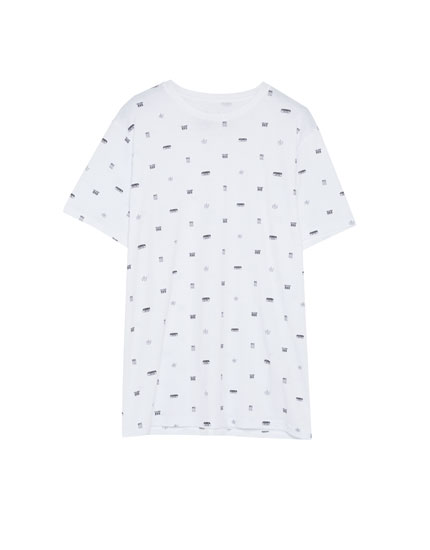 T-shirt med print all-over