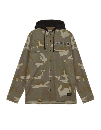 Camouflage hooded overshirt