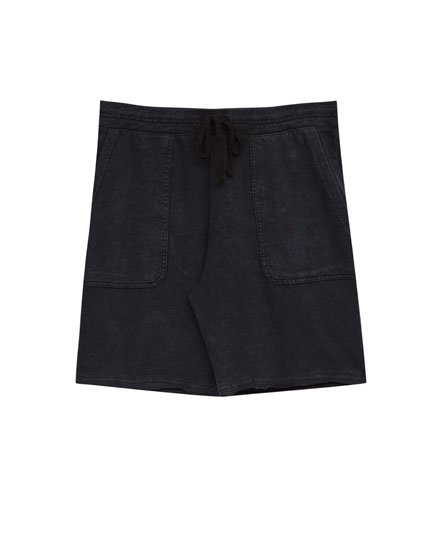 Jogging Bermuda shorts with pockets