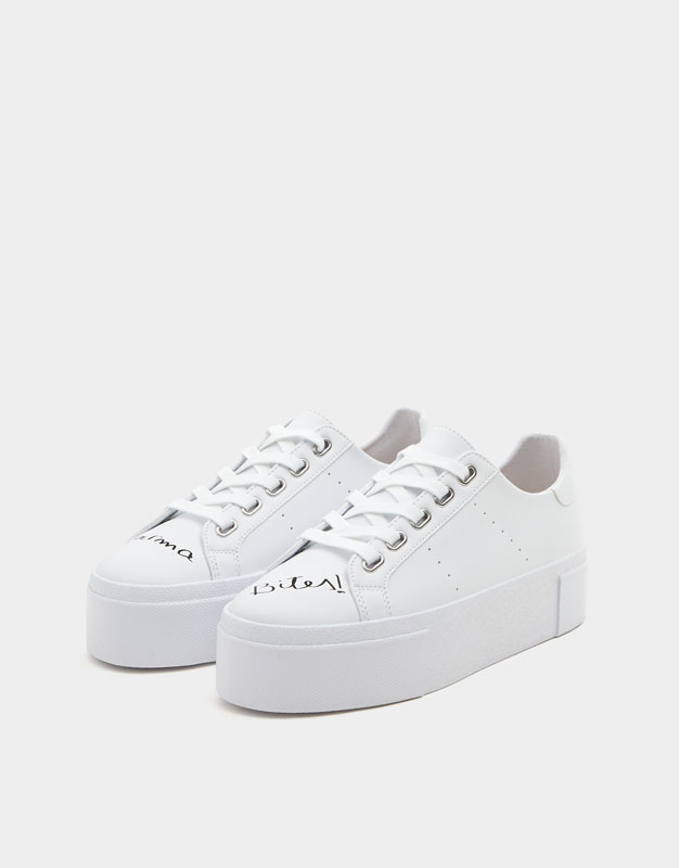 fashionable online Pull&Bear Trainers With Slogan Laces In White release dates authentic Manchester online rmrjYJyviL