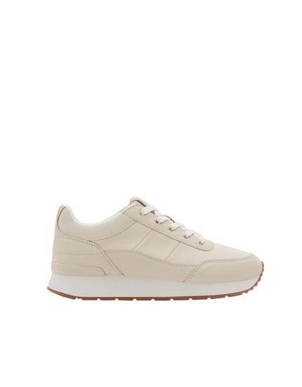 Street jogging shoes