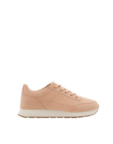 Pink fashion jogging shoes