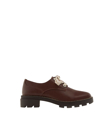 Burgundy bluchers with embellished laces