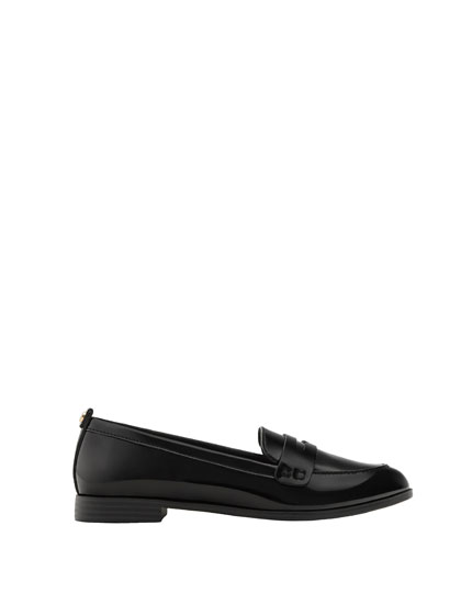 Basic faux patent leather loafers