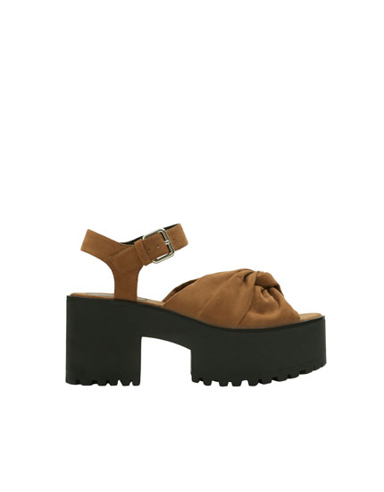 Block heel sandals with knot detail