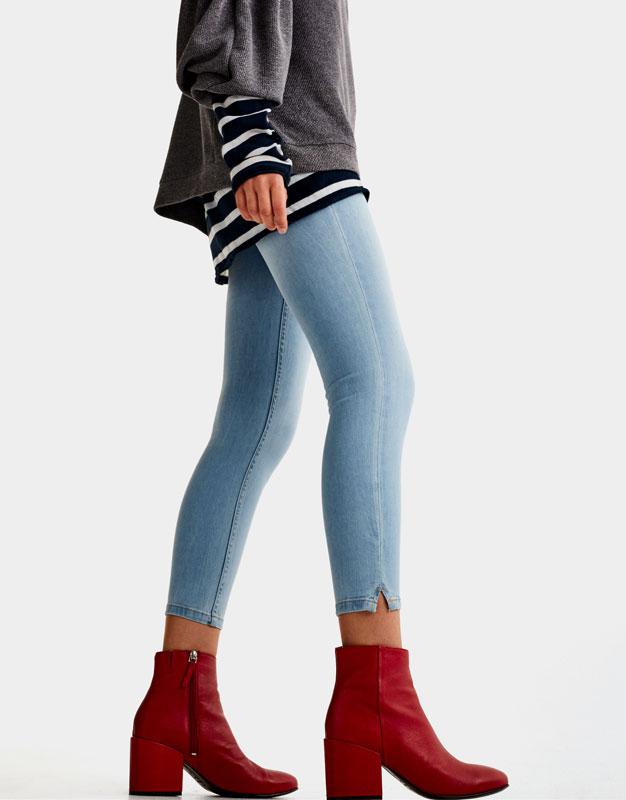 pullbear mujer zapatos botas y botines botn tacn ancho rojo - Botines Marrones Tacon
