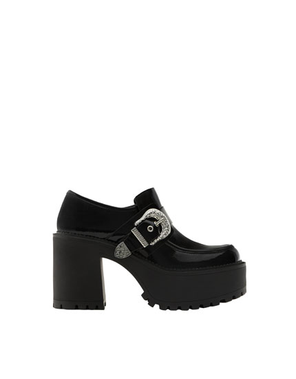 High heel loafers with buckles
