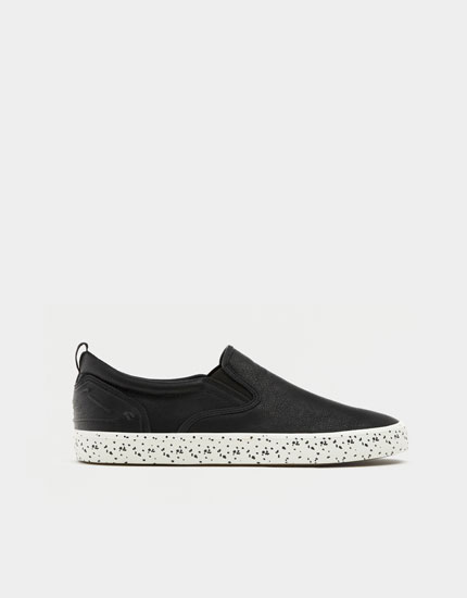 Stretch sneakers with flecked soles