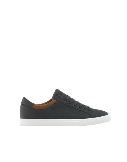 Urban sneakers with ankle trim