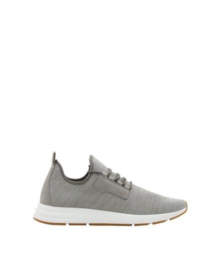 Pantofi sport gri stretch plasă