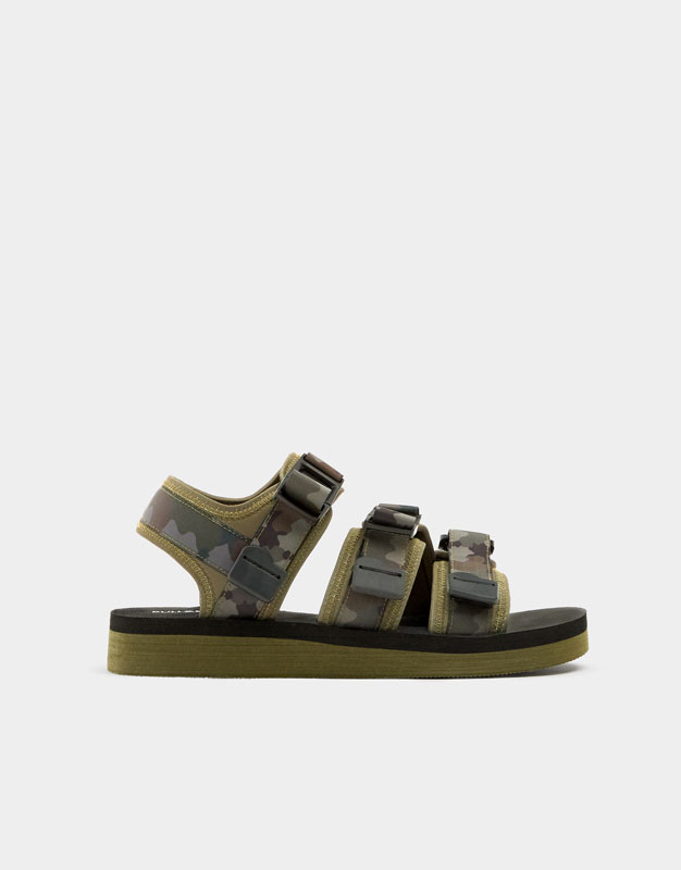 Sandals with camouflage straps , CAMOUFLAGE ...