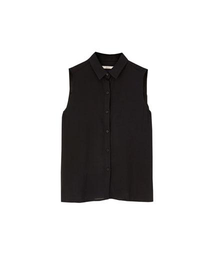 Unifarbenes, ärmelloses Hemd