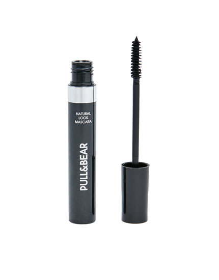 Black Pull&Bear mascara