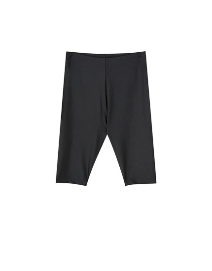 Black basic cycling shorts