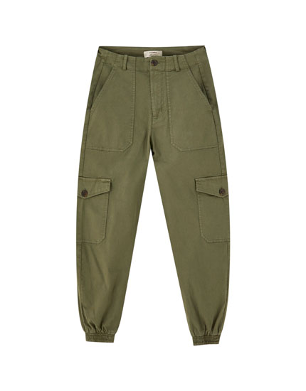 Coloured cargo trousers with elastic hems