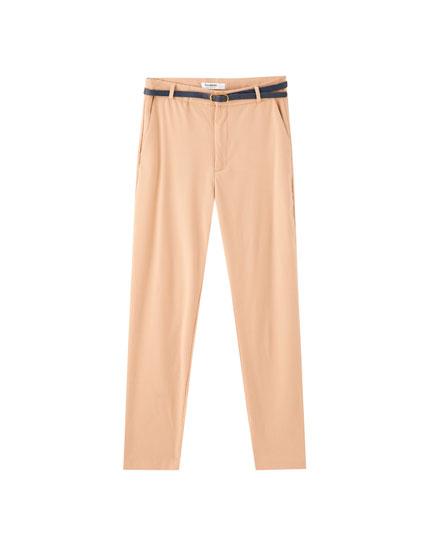 Παντελόνι τσίνο basic χρωματιστό με ζώνη