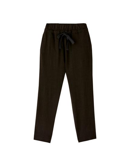 Rustikke bukser med snøre
