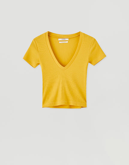 Basic ribbed V-neck T-shirt