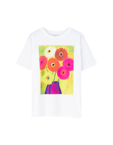 T-shirt with colourful floral illustration