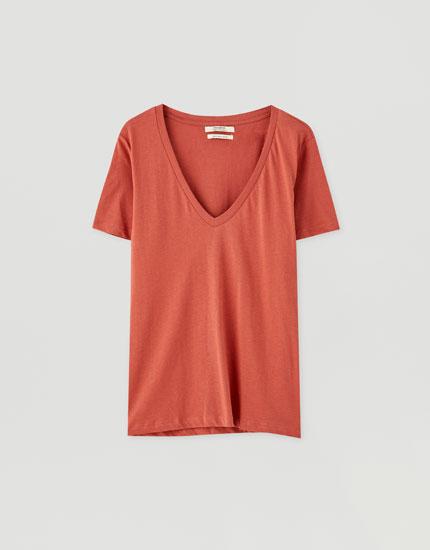 Βαμβακερή μπλούζα με λαιμόκοψη V