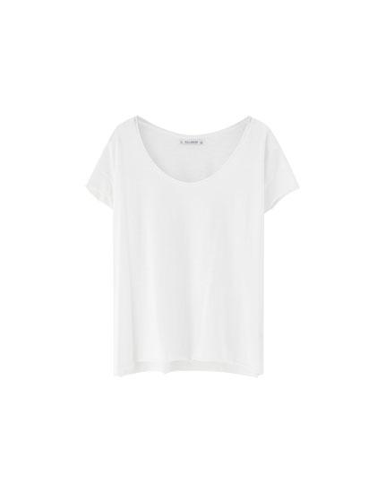 Camiseta básica cuello redondo