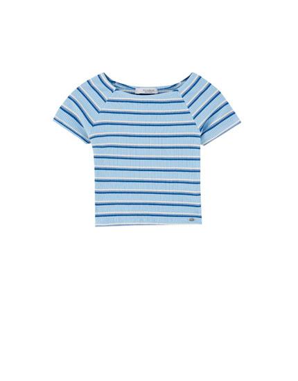 T-shirt às risquinhas com nervuras