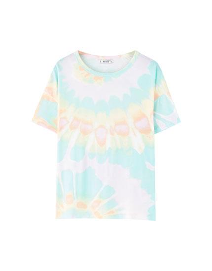 Koszulka z psychodelicznym nadrukiem tie dye