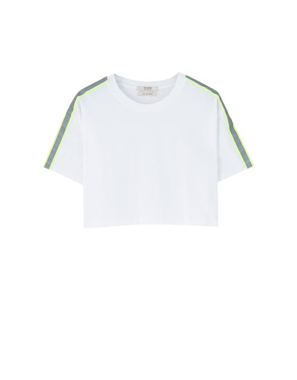 White T-shirt with reflective stripe