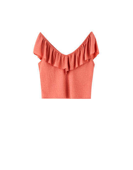 Ruffled neckline T-shirt