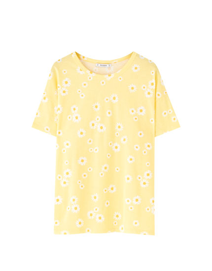 Yellow daisy T-shirt
