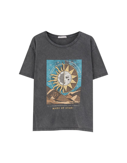 T-shirt with sun and moon graphic