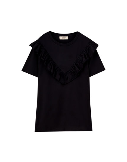 T-shirt with ruffled yoke