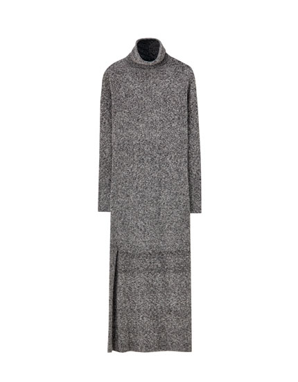 Long knit dress with slit