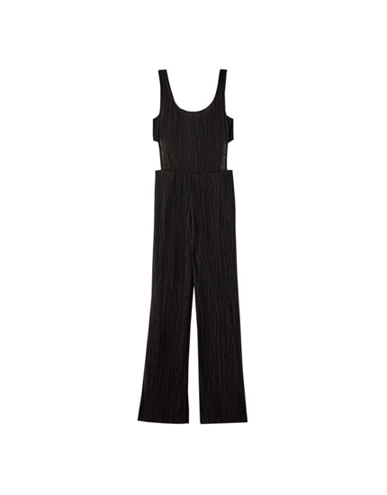 Cut-out jumpsuit with gathering