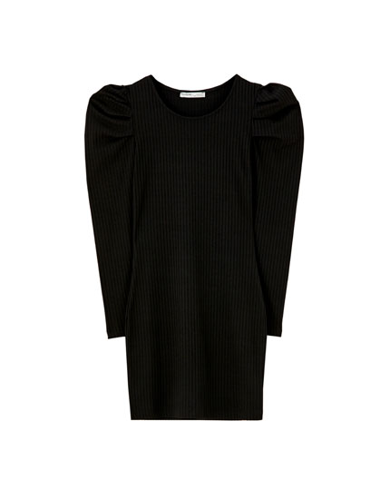 Ribbed dress with puff sleeves