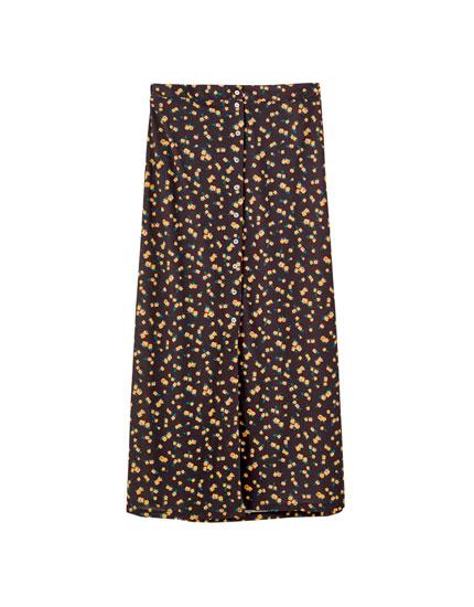 Midi-nederdel med knapper